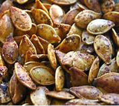 roasted pumkin seeds ready to eat