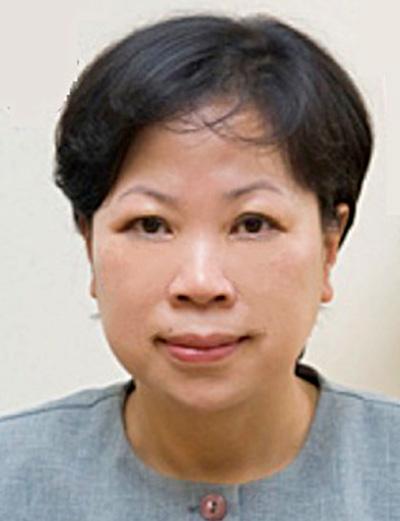 Carolyn Lyn